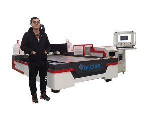 Doğrusal kılavuz sürücü cnc lazer boru kesme makinası için bakır / titanyum